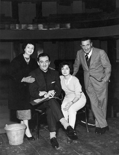 Rina Morelli, Luchino Visconti, Françoise Spira e Paolo Stoppa