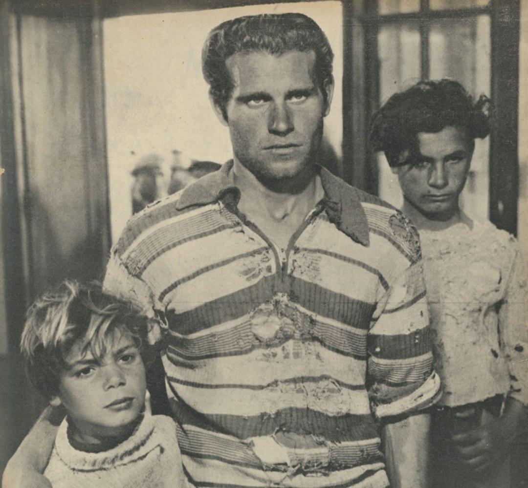 La terra trema regia di Luchino Visconti