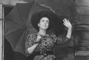 Laura Adani La via del tabacco 1945