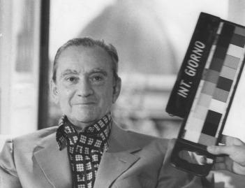 Luchino Visconti sul set di Gruppo di famiglia in un interno